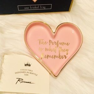 """""""THE PERFUME IS WHAT THEY REMEMBER"""" ROSANNA, TRAY"""